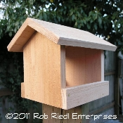 HOH Bird Feeder Kit from The Birdhouse Depot
